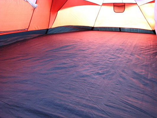 inside-tent-floor & Coleman Red Canyon Tent Review u2013 A Spacious Tent But Is It Worth ...