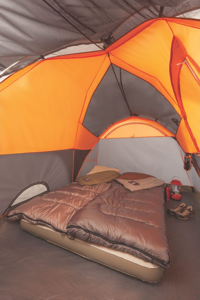 Coleman Yarborough Pass 6 Tent (5) & The Coleman Yarborough Pass 6 Tent Has Bad Zippers (REVIEW ...
